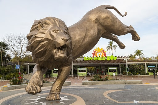 Rex the lion statue in front of the San Diego Zoo entrance.