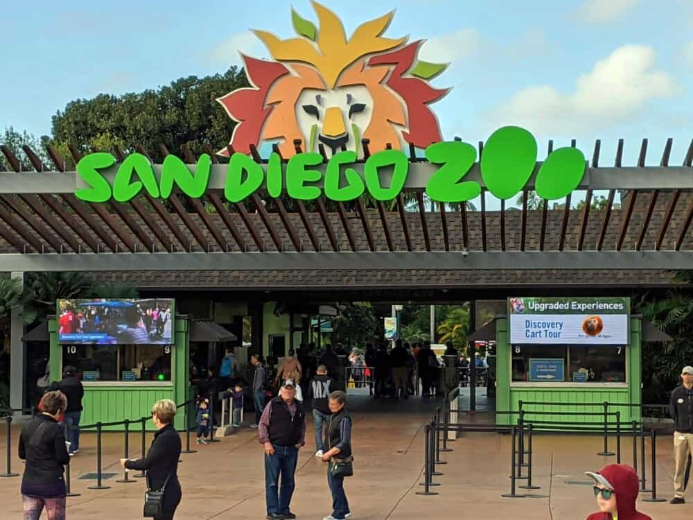 San Diego Zoo front gate sign