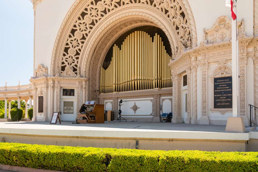 he open-air Spreckels Organ, the world's largest pipe organ in a fully outdoor venue.  Balboa Park, San Diego, California.
